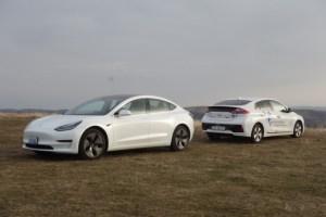 EXPERIENTE ELECTROMOBILISTICE: Opinii dupa test drive la Deva, cu Hyundai Ioniq si Tesla Model 3