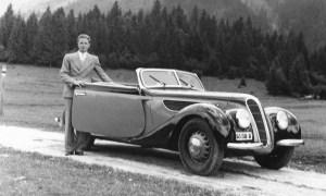 Un BMW 327 din 1938, vandut in Bucuresti si aflat in colectia BMW Group Classic, revine in Romania
