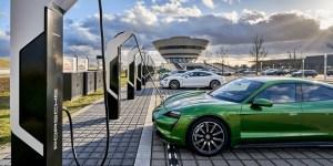 Porsche a instalat cele mai puternice borne de reîncărcare din Europa