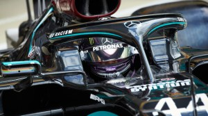 Formula 1: Hamilton s-a impus la Silverstone, într-o cursă cu final dramatic