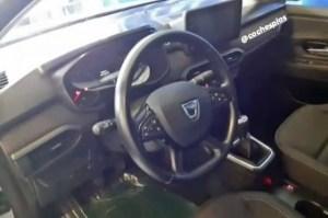 Iată cum arată bordul noii generații Dacia Logan / Sandero