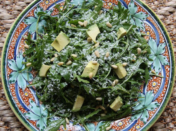 Arugula Salad with Avocado, Pine Nuts & Parmesan // 24 Carrot Life #healthy #spring