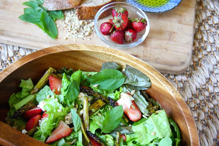 Spring Strawberry, Asparagus and Goat Cheese Salad // 24 Carrot Life