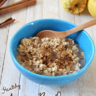 Homemade Unsweetened Applesauce & Apple Pie Oatmeal