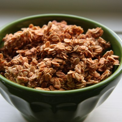 Fat-Free Applesauce Granola