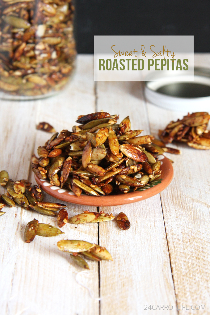 Sweet and Spicy Roasted Pepitas // 24 Carrot Life #vegan #healthy #protein
