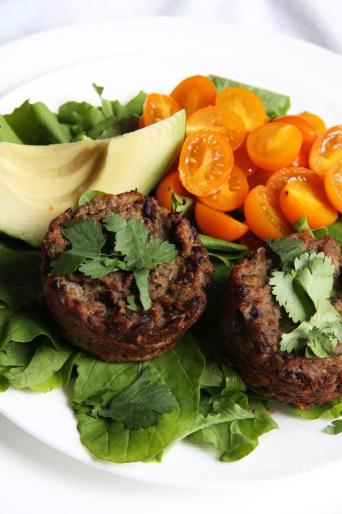 "Vegetarian Mushroom ""Meatloaf"" Cups // 24 Carrot Life #sponsored #vegetarian"