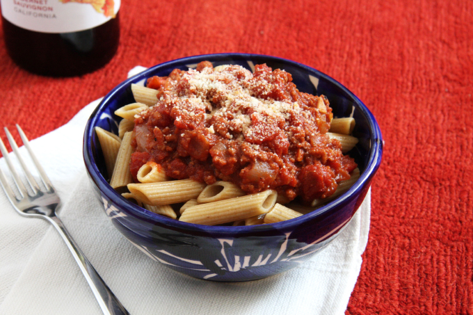 Turkey Bolognese // 24 Carrot Life #redwine #turkey #protein