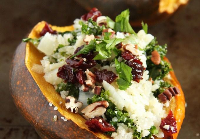 Cauliflower Rice Stuffed Acorn Squash // 24 Carrot Life #paleo #healthy #glutenfree #grainfree