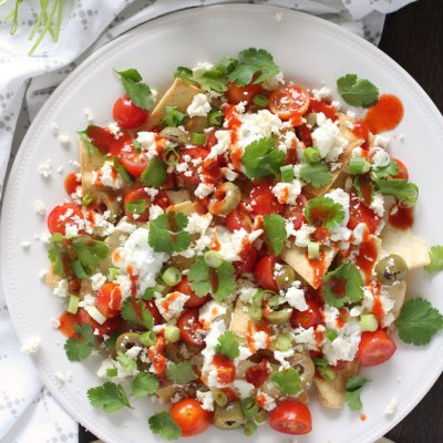 Easy Greek Nachos // 24 Carrot Life