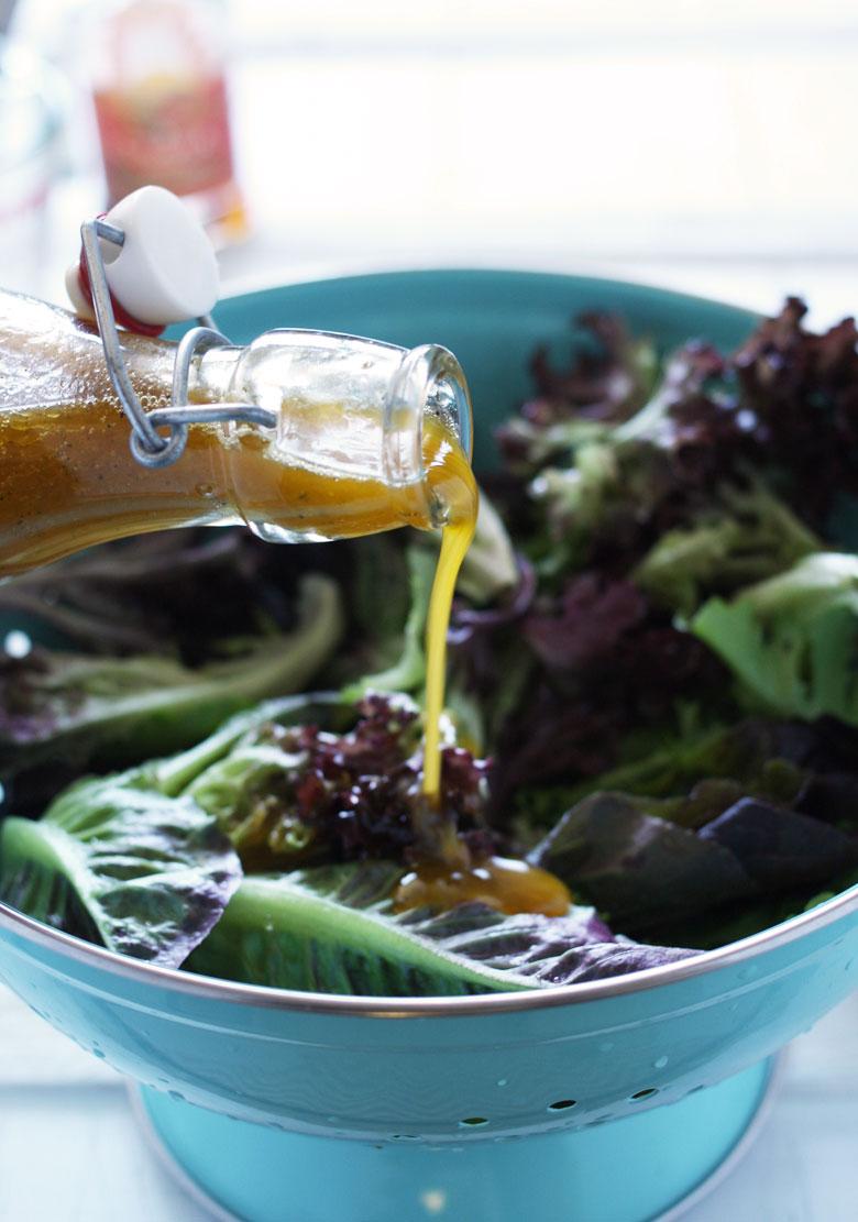 Orange Chili Vinaigrette // 24 Carrot Life #salad #vegan #glutenfree