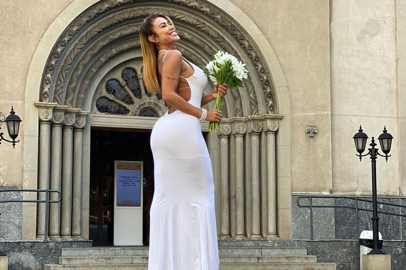 See Model Who Married Herself After Giving Up On Men (Photos)