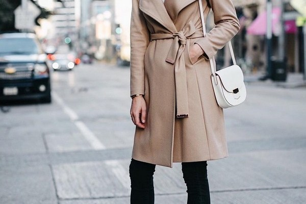 Best Trench Coats for Women 2020-2021: How to Wear a Trench Coat