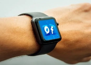 Facebook may launch its new smartwatch with two cameras