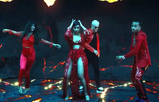 Selena Gomez Ozuna Cardi B Taki Taki Video
