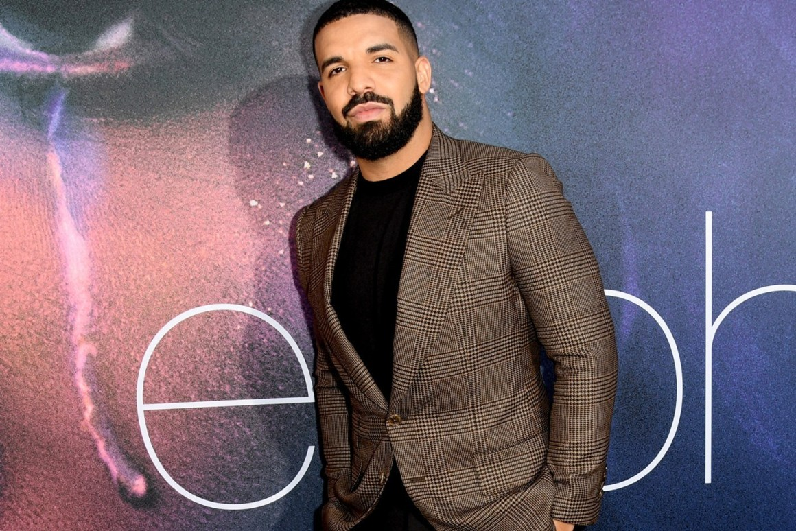 Drake Responds to Criticism of Him Looking Paranoid at Marcy Projects