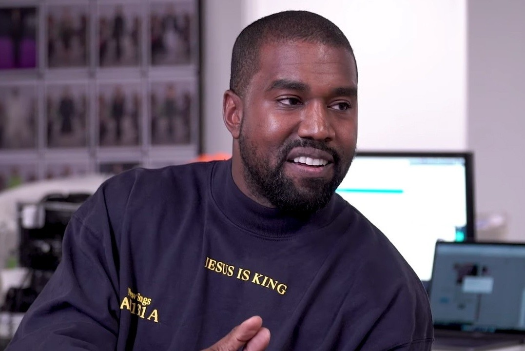 Kanye West Admits He's Been Leaving Notes At Drake's Door