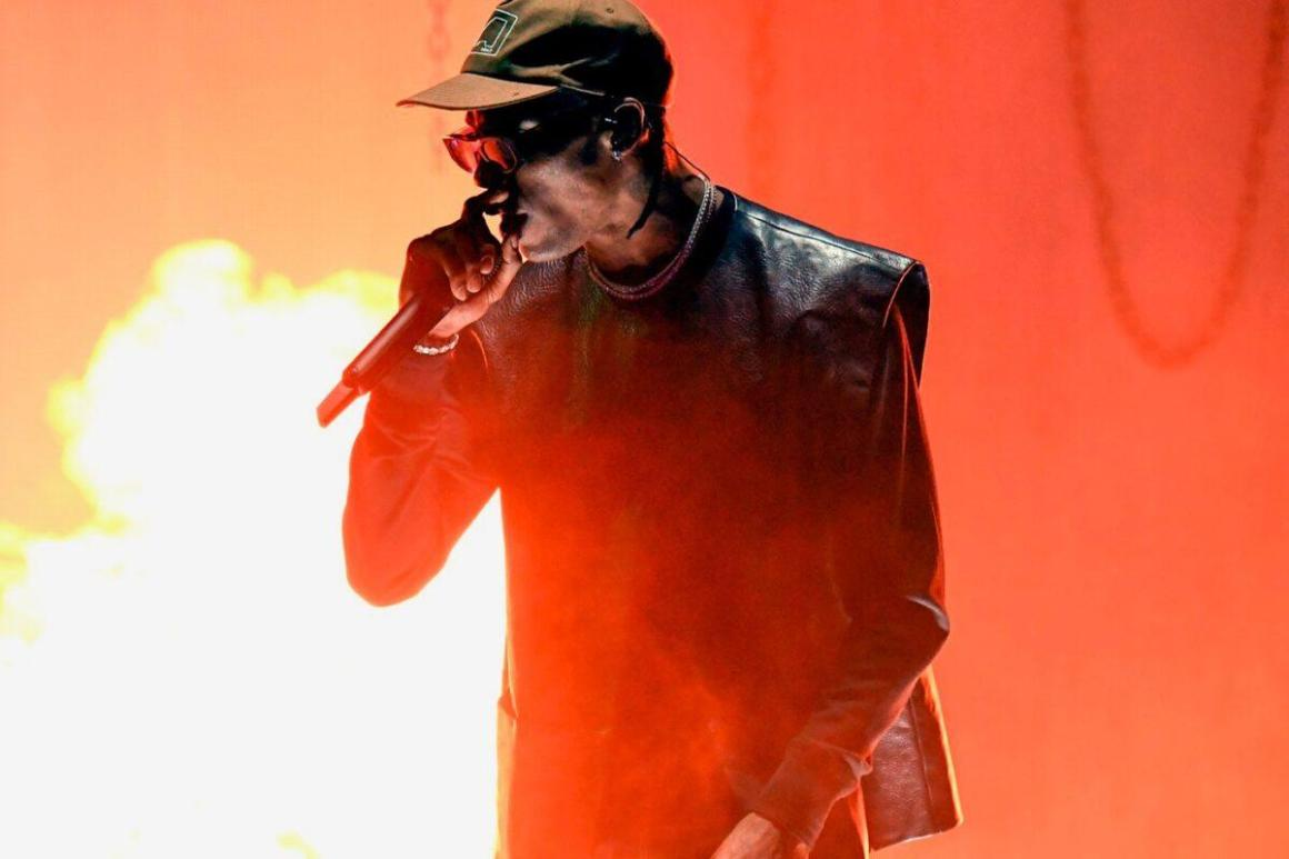 Kylie Jenner Previews Unreleased Travis Scott Track