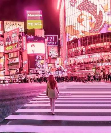 Shibuya crossing instagrammable places tokyo
