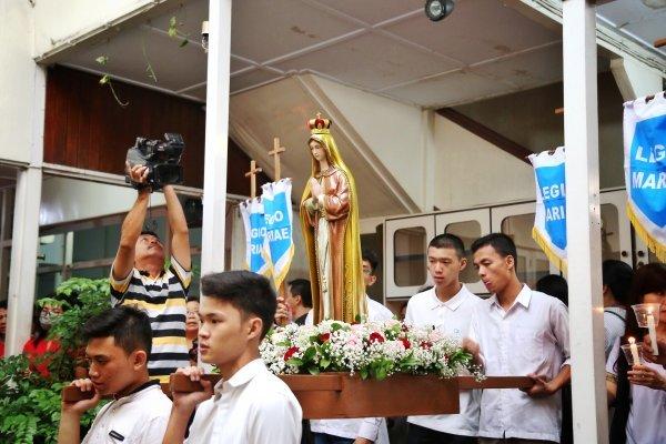 Sabtu, 08 Desember 2018 Hari Raya Santa Perawan Maria Dikandung Tanpa Noda