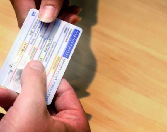 Twentse vuist tegen ID-fraude en vervalste diploma's