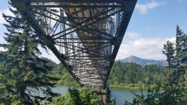 PCT Bridge of gods