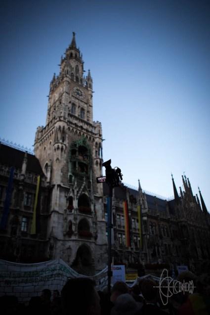 Marienplatz and police surveillance.