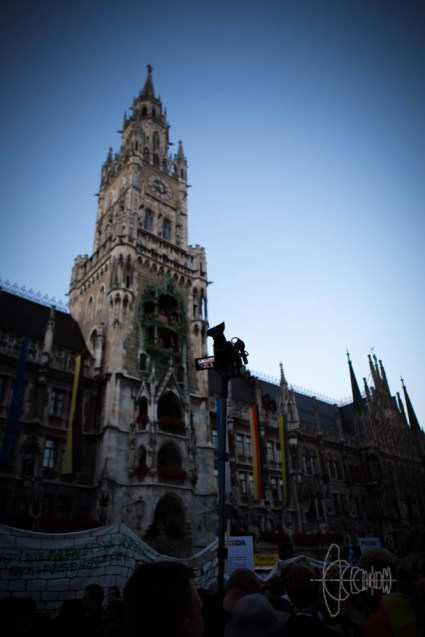 Marienplatz and police surveillance.
