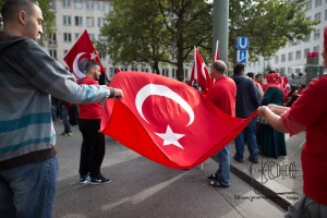 grauewoelfe 200915 2 - Turkish nationalists rally against Kurds and for Erdogans politics against the PKK.