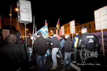 Neonazis amongst PEGIDA demonstrators.