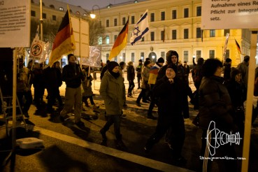 PEGIDA re-arrives at Odeonsplatz.