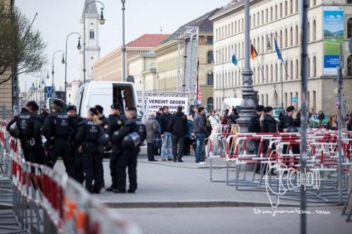PEGIDA gathers to rally through inner-city Munich