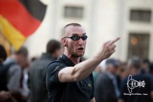 pegida police violence 20160718 7 - PEGIDA-police-violence_20160718_7