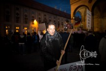 Heinz M. - Holds speeches at PEGIDA on a regular basis, part of the board of PEGIDA Munich e.V. and is investigated against for founding a terrorist organisation. He also suggest people to form a civil defense last week.