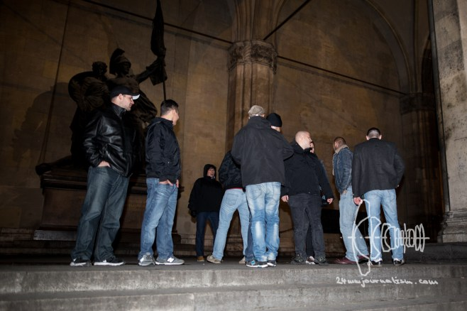 Neonazis pose on Feldherrnhalle and shout: Hasta la vista antifacista. This spot is historically very charged from neonazi Germany times.