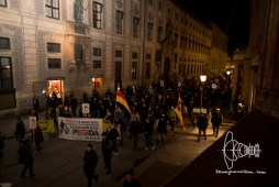 PEGIDA re-arrives at historicaly charged ODeonsplatz.