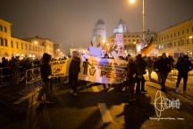 PEGIDA starts marching through innercity Munich.