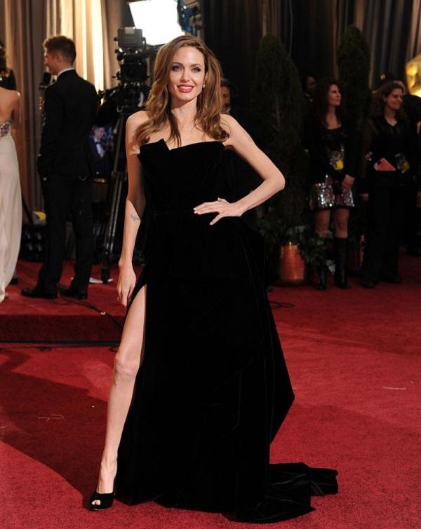 Angelina Jolie Oscar Dresses 2017 2018 B2B Fashion