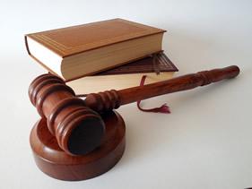 Pensionsdeling, ægtepagt og lovgivning