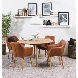 Eethoek Ulfborg Uppsala (tafel met 4 stoelen) - bruin - Leen Bakker