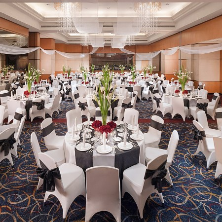 Eastwood-Richmonde-Hotel-Banquet-Hall