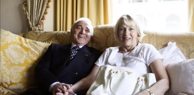 Шарль Азнавур с женой