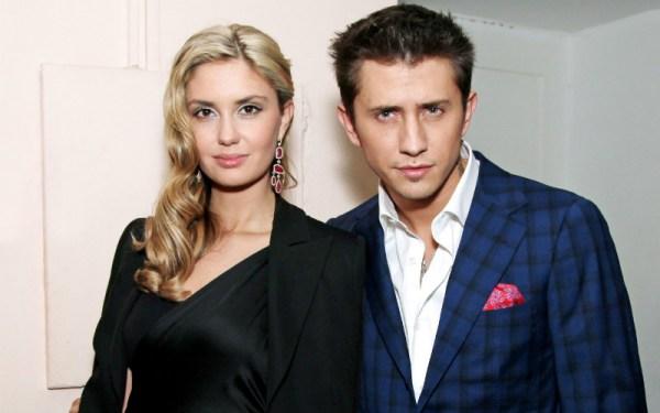 Личная жизнь Павла Прилучного - жена Агата Муциниеце ...