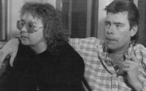 Стивен Кинг с женой Табитой