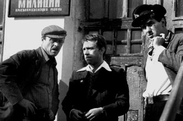 Станислав Говорухин на съемках сериала «Место встречи изменить нельзя»