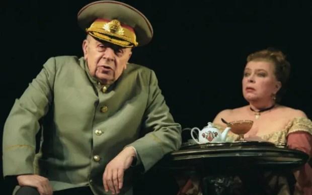 Леонид Броневой в театре