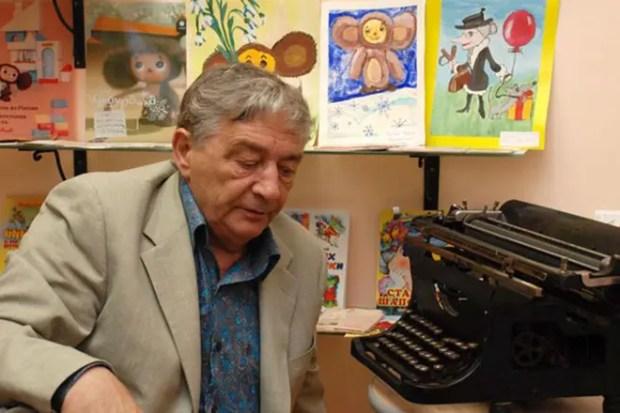 Эдуард Успенский пишет книги
