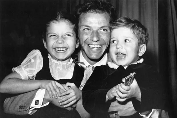 Фрэнк Синатра с детьми