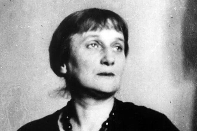 Поэтесса Анна Ахматова