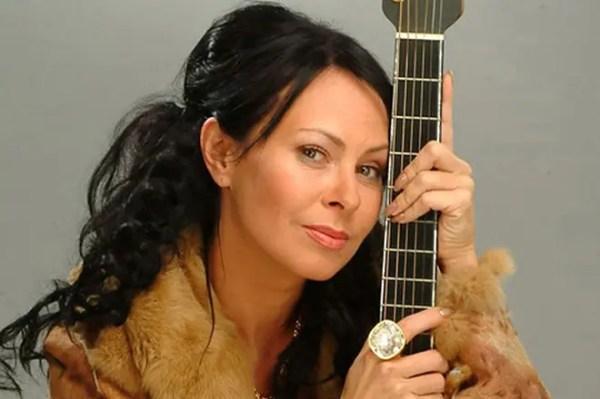 Марина Хлебникова - биография, фото, личная жизнь, песни и ...